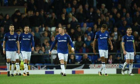 Thi đấu chủ quan, Everton đánh rơi 2 điểm trên sân nhà Goodison Park