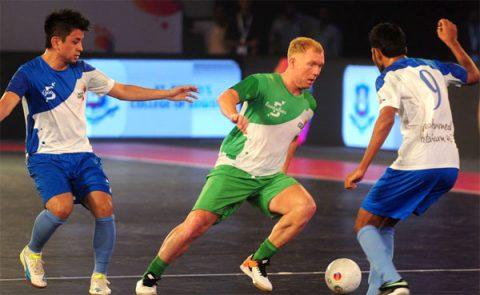 'Song sát' Paul Scholes – Danh Phát bất bại ở Premier Futsal 2017