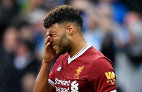 Ra mắt thảm họa, Chamberlain bị huyền thoại Arsenal cười nhạo sau trận đấu