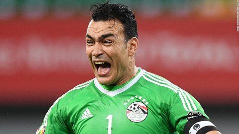 Thủ thành kì cựu Ai Cập và 3 kỷ lục World Cup đang chờ