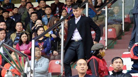 Chê trọng tài Việt, Công Vinh bị VPF nhắc nhở lần 2