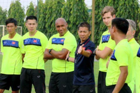U19 Việt Nam có trợ lý HLV thủ môn từng bắt tại Premier League