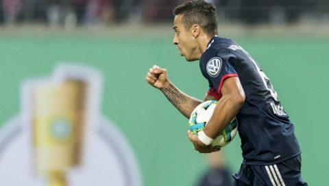 Bayern nhọc nhằn vượt qua RB Leipzig bằng màn đấu súng