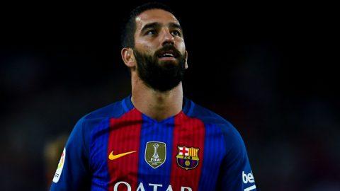 Điểm tin chiều 17/10: MU gia hạn với Mourinho; Sao Barca bị tẩy chay