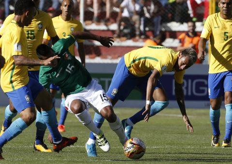 Bỏ lỡ nhiều cơ hội, Brazil chấp nhận chia điểm với chủ nhà Bolivia