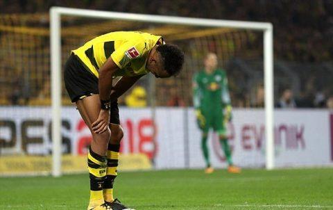 Thua ngược trên sân nhà, Dortmund đứt mạch trận thăng hoa
