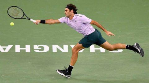 Federer khuất phục Schwartzman, giành vé đi tiếp ở Thượng Hải