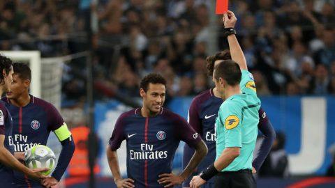 Neymar và thành tích bất hảo trên sân bóng