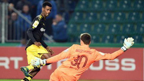 """""""Ibra mới"""" nổ súng, Dortmund có thắng lợi giòn giã trước Magdeburg"""