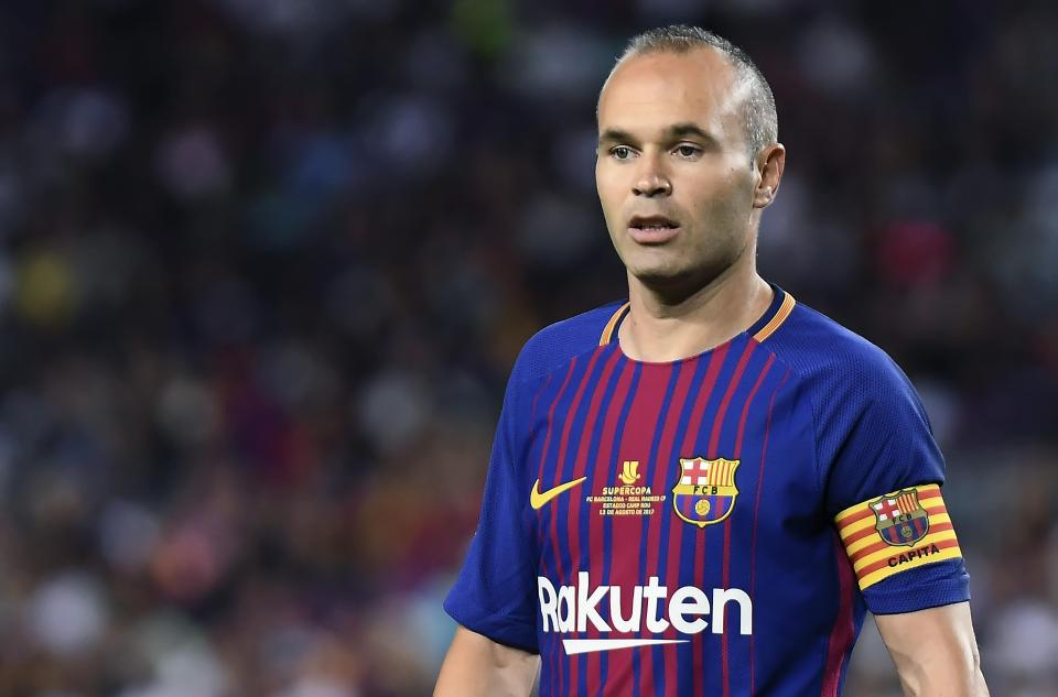 Mối lương duyên giữa Iniesta và Barca đã đến hồi kết?