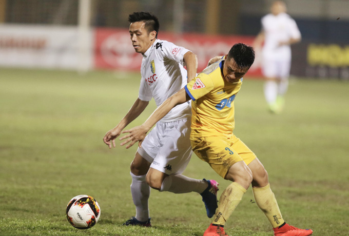 Vòng 21 V-League 2017: Đại chiến vì ngôi vương