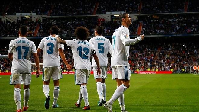 Ronaldo giải cơn hạn bàn thắng, Real kiên trì bám đuổi Barca