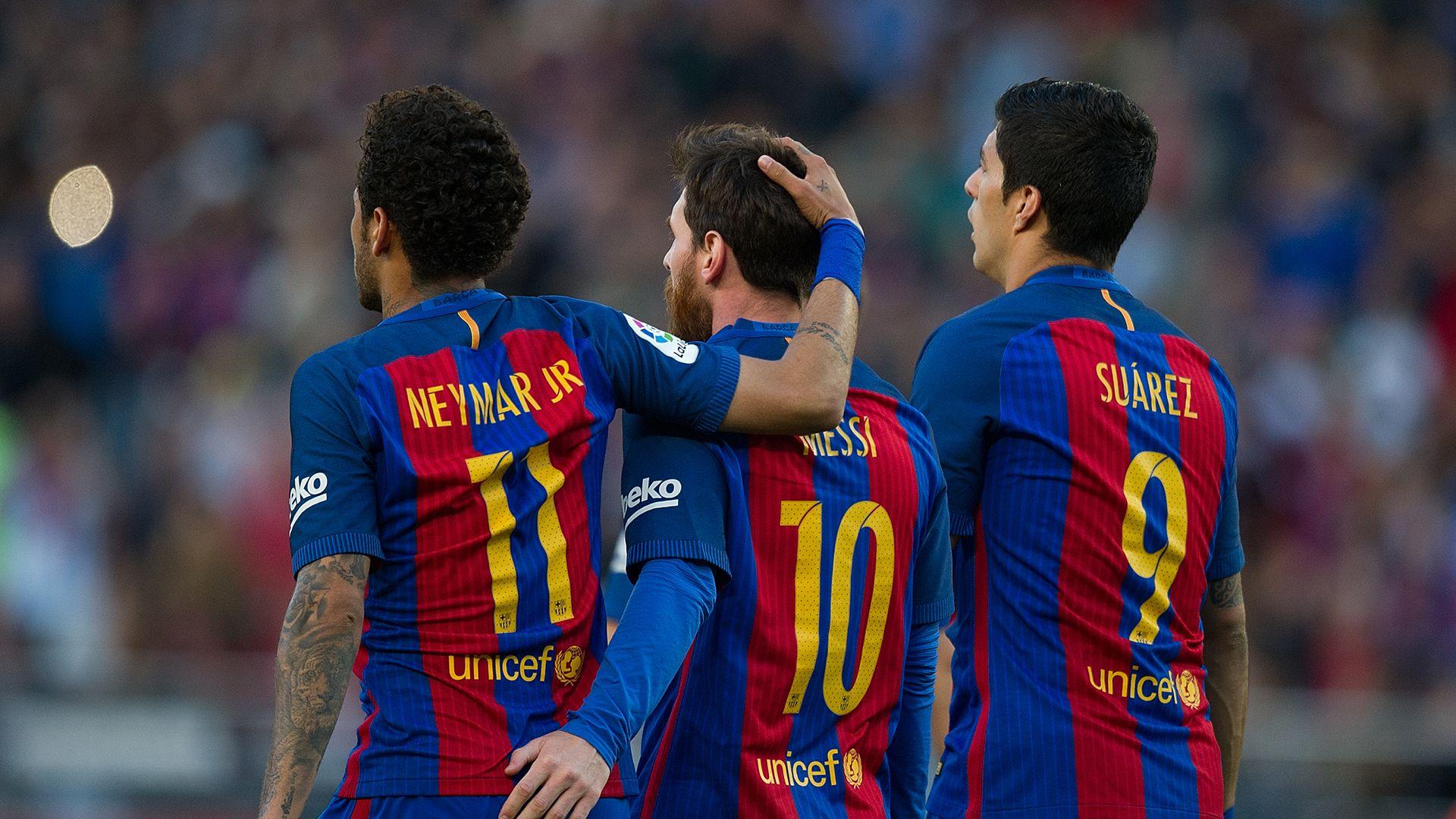 Suarez và Messi nói gì với Neymar trước khi đến PSG