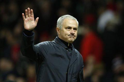 Hội CĐV M.U mời Mourinho đến thảo luận để giải quyết mâu thuẫn