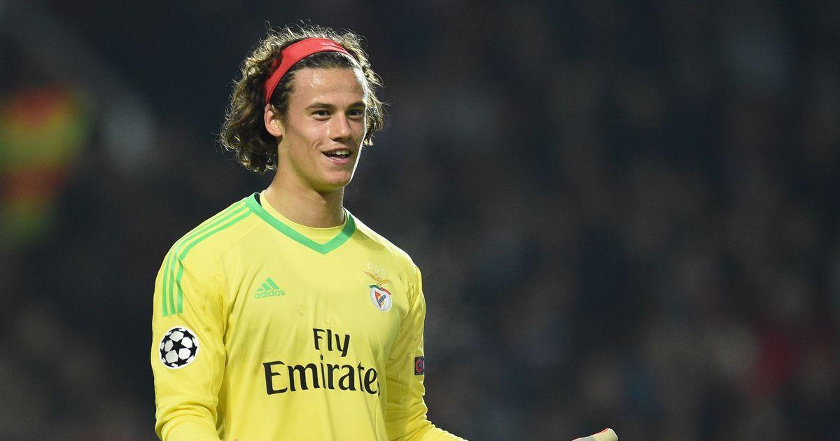"""TOP 10 """"người gác đền"""" trẻ nhất từng ra sân tại UEFA Champions League"""