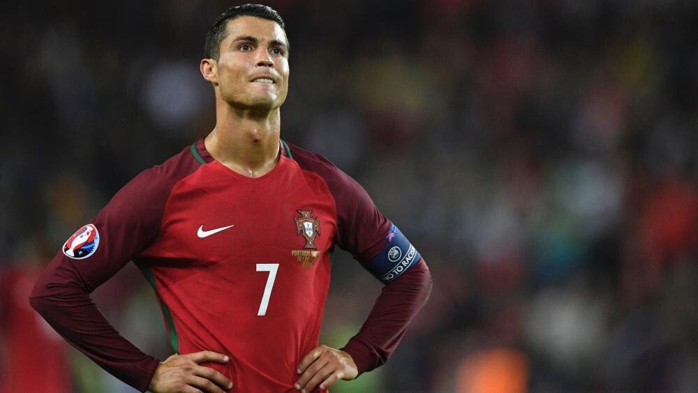 Ronaldo vắng mặt trong đợt tập trung của ĐT Bồ Đào Nha