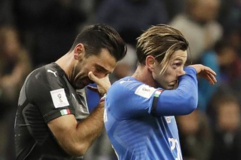 Peru dính bê bối, Italia sống lại cơ hội dự World Cup 2018