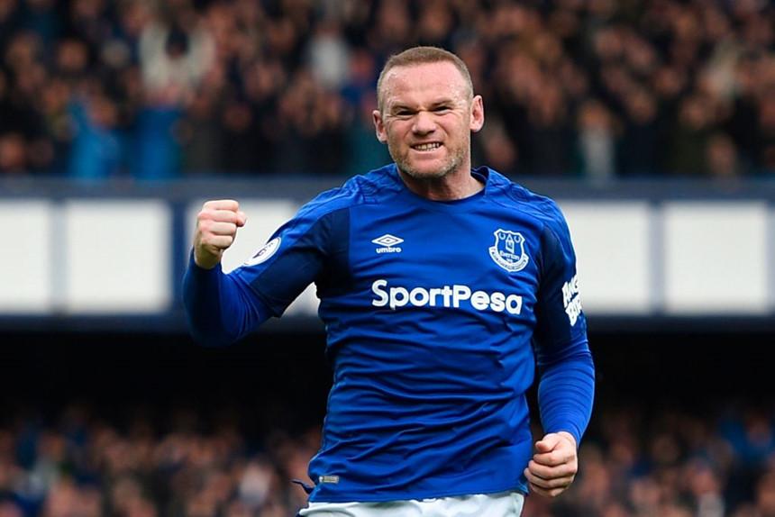 10 ngôi sao quay lại khoác áo đội bóng thời niên thiếu: Rooney và những ai?