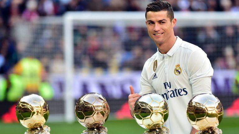 Ronaldo và mục tiêu… 7 QBV, 7 đứa con?