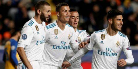 """Điểm tin sáng 22/11: Lindelof sắp có vai trò mới; Ronaldo """"lột xác"""" phá kỉ lục khủng"""