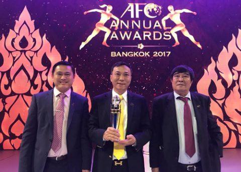 Điểm tin bóng đá Việt Nam sáng 30/11: U21 HAGL vẫn khởi đầu hoàn hảo; VFF nhận giải thưởng từ AFC