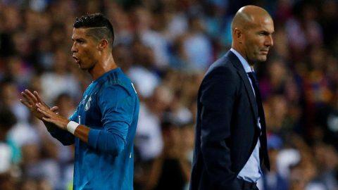 """Real Madrid đại loạn: Zidane đang rơi """"cái bẫy"""" của Ronaldo"""