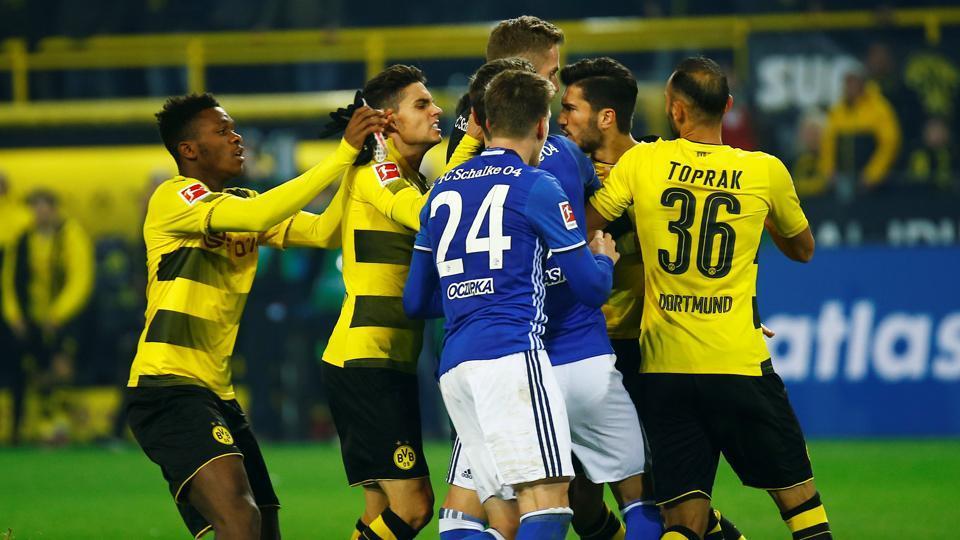 Sau vòng 13 Bundesliga: Sao vậy, Dortmund?