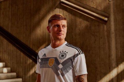 Hàng loạt ông lớn trình làng áo đấu ở World Cup 2018