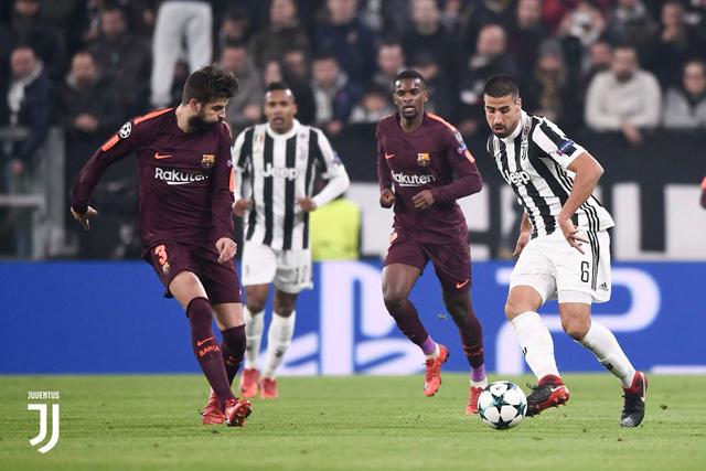 Hòa nhạt nhòa, Juventus chưa thể theo chân Barca vào vòng trong