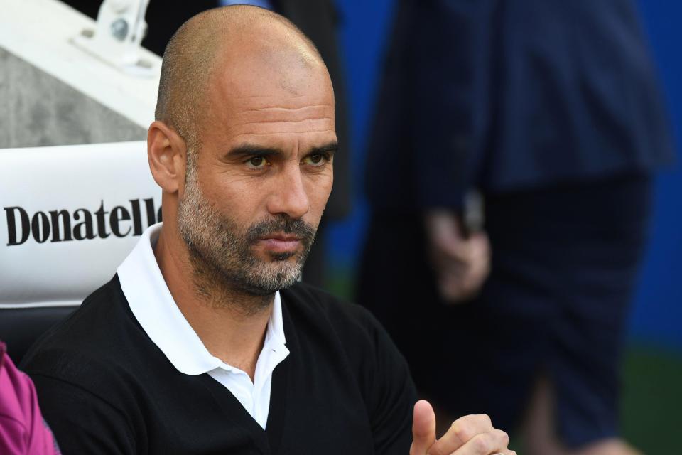 Pep Guardiola sẽ trừng phạt cầu thủ Man City tự mãn