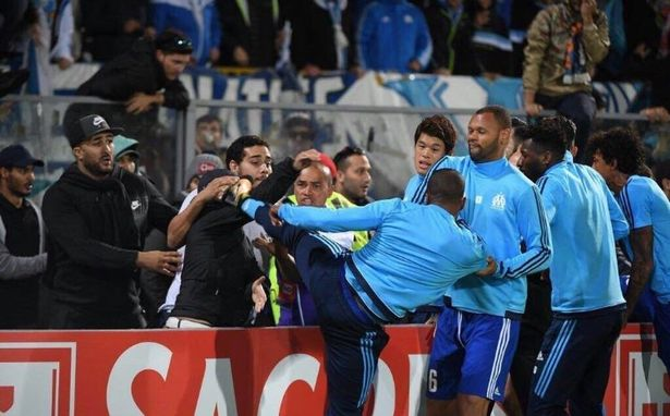 CHÍNH THỨC: Patrice Evra không còn là người của Marseille