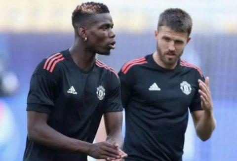 Paul Pogba và Michael Carrick trở lại tập luyện cùng đội trẻ MU