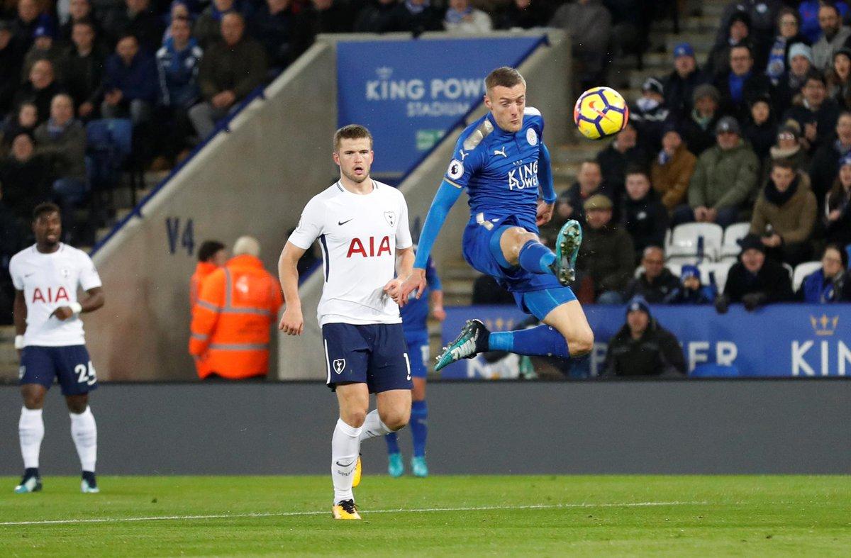 Cáo xanh săn Gà trống, Tottenham gục ngã