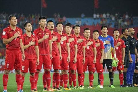 BXH FIFA tháng 11: Tụt 4 bậc, Việt Nam vẫn xếp trên người Thái