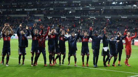 Sau vòng 15 Bundesliga: Hùm xám Bavaria vô địch lượt đi