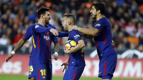 "Barcelona âm thầm lập kỷ lục ""khủng"" tại Champions League"