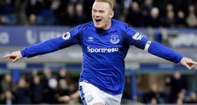 Khi sự tự tin trở lại, không gì có thể ngăn cản Rooney