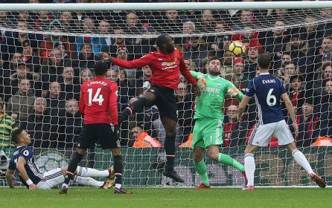 """5 điểm nhấn West Brom 1-2 Man Utd: Lukaku """"hành gà"""" là giỏi"""