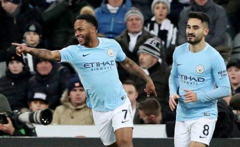 """Thắng theo """"phong cách Mourinho"""", Man City bỏ xa MU 15 điểm"""