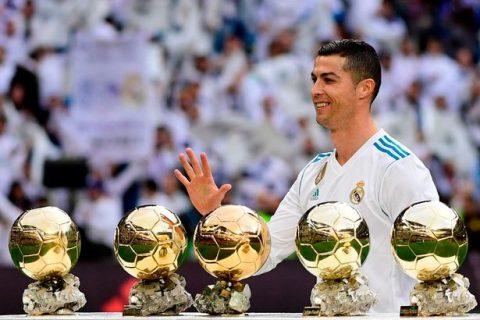 Ronaldo khoe qbv