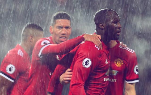 Đập tan dư luận, Lukaku nổ súng giúp Man United giành 3 điểm