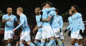 """Lukaku """"bóp team"""", MU kết thúc chuỗi trận bất bại tại Old Trafford"""