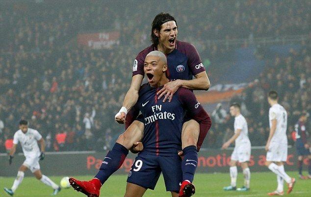 Sau vòng 19 Ligue 1: PSG tiếp tục trên đỉnh
