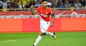Falcao ghi bàn từ giữa sân, Monaco thẳng tiến vào Tứ kết cúp Liên đoàn Pháp
