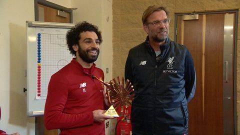 Vua bóng đá Pele chúc mừng Salah giành giải hay nhất châu Phi