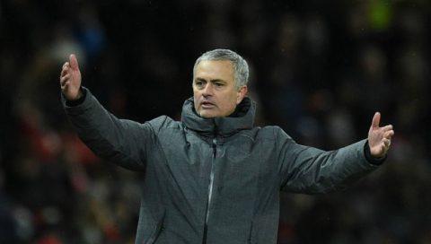Điểm tin sáng 11/12: Man City làm nên lịch sử; Mourinho đổ lỗi cho trọng tài