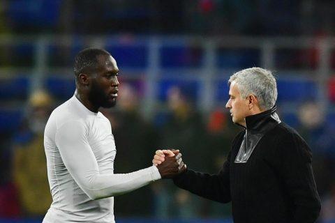 Mourinho sẵn sàng bán cả đội hình Man United, ngoại trừ Lukaku