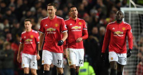 Tháng 12 đen tối ám hại Man United: Cả bầu trời của Mourinho sụp đổ