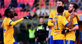 Vòng 17 Serie A: Milan thua sốc, Juventus thắng dễ Bologna