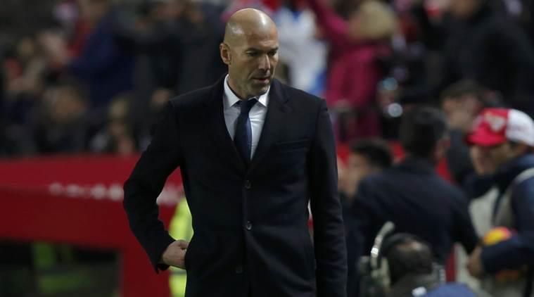 Real trên đà xuống dốc vì Zidane chỉ biết đổ lỗi
